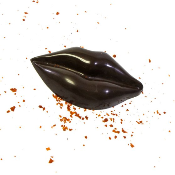 sriracha-chocolate-lips